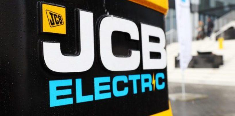 Посетителям «Чистой страны» рассказали об инновационной линейке электрической техники JCB